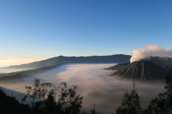 Indonesia – Mt Ijen & Mt Bromo, Java
